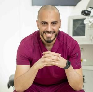 دكتور محمد توفيق استشاري الشبكية والجسم الزجاجي
